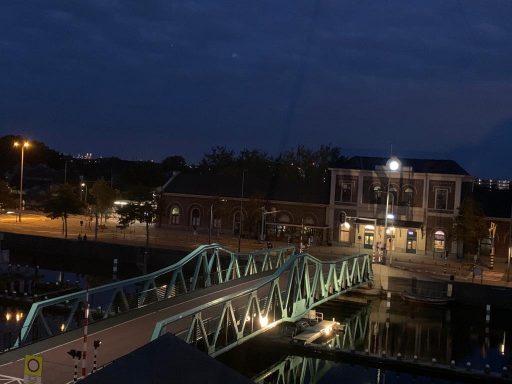 Afbeelding #003 voor het verhaal De nieuwe verlichting van de Stationsbrug in Middelburg