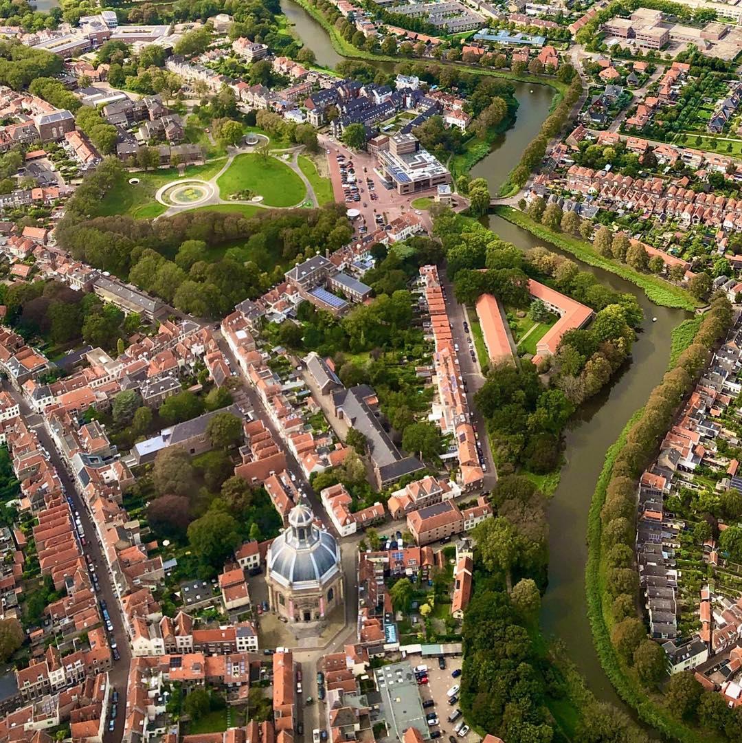 Afbeelding #000 voor het verhaal Middelburg vanuit de lucht, 3 september 2020