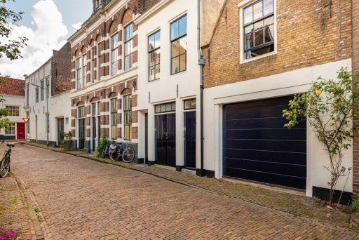 Afbeelding #000 voor het verhaal Te koop bij M2! Over de geschiedenis van de Lambrechtstraat in Middelburg