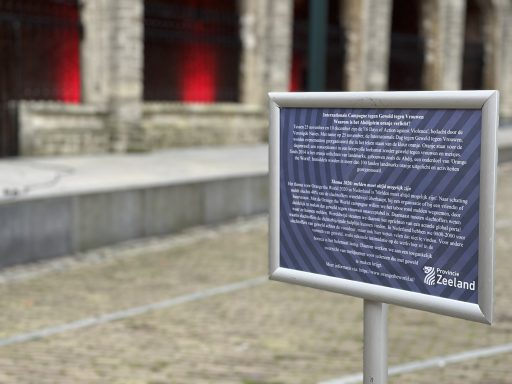 Afbeelding #002 voor het verhaal Stop geweld tegen vrouwen: vandaag kleurt de Abdij in Middelburg oranje