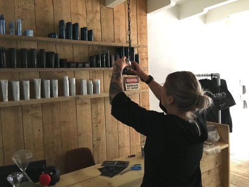 Afbeelding #004 voor het verhaal Aafke Bongertman opent salon A-line aan de Lange Geere in Middelburg