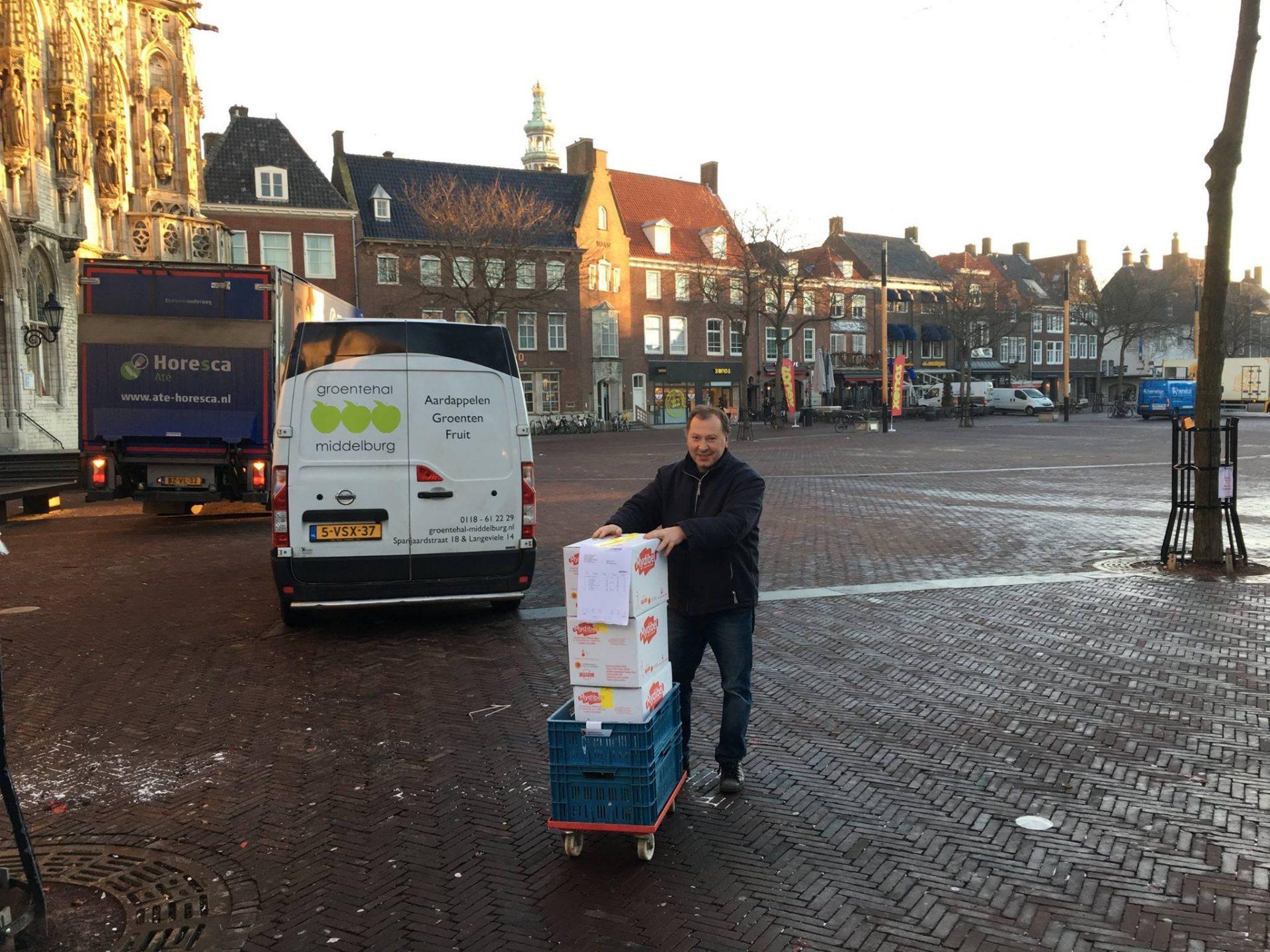 Afbeelding #000 voor het verhaal Alle hoeken van de stad: op pad met Ergin Gel van de Groentehal