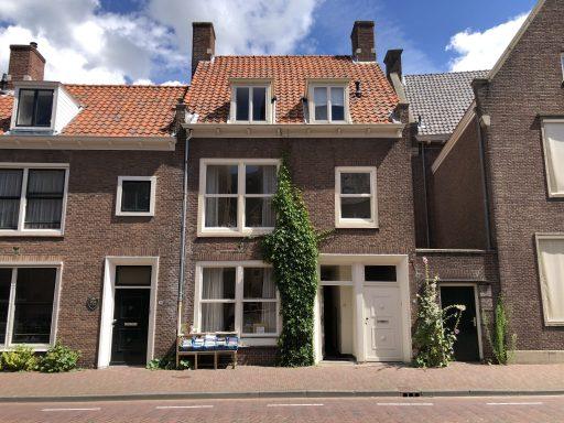 Afbeelding #001 voor het verhaal Atelier Lutz: schilderijrestauratie in de Sint Pieterstraat in Middelburg