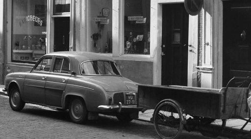 Afbeelding #003 voor het verhaal Auto's in het Middelburg van de jaren 60