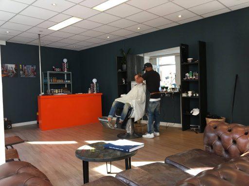 Afbeelding #001 voor het verhaal Barber Djivi is heropend in de Korte Geere in Middelburg