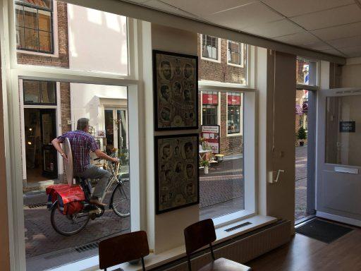 Afbeelding #003 voor het verhaal Barber Djivi is heropend in de Korte Geere in Middelburg