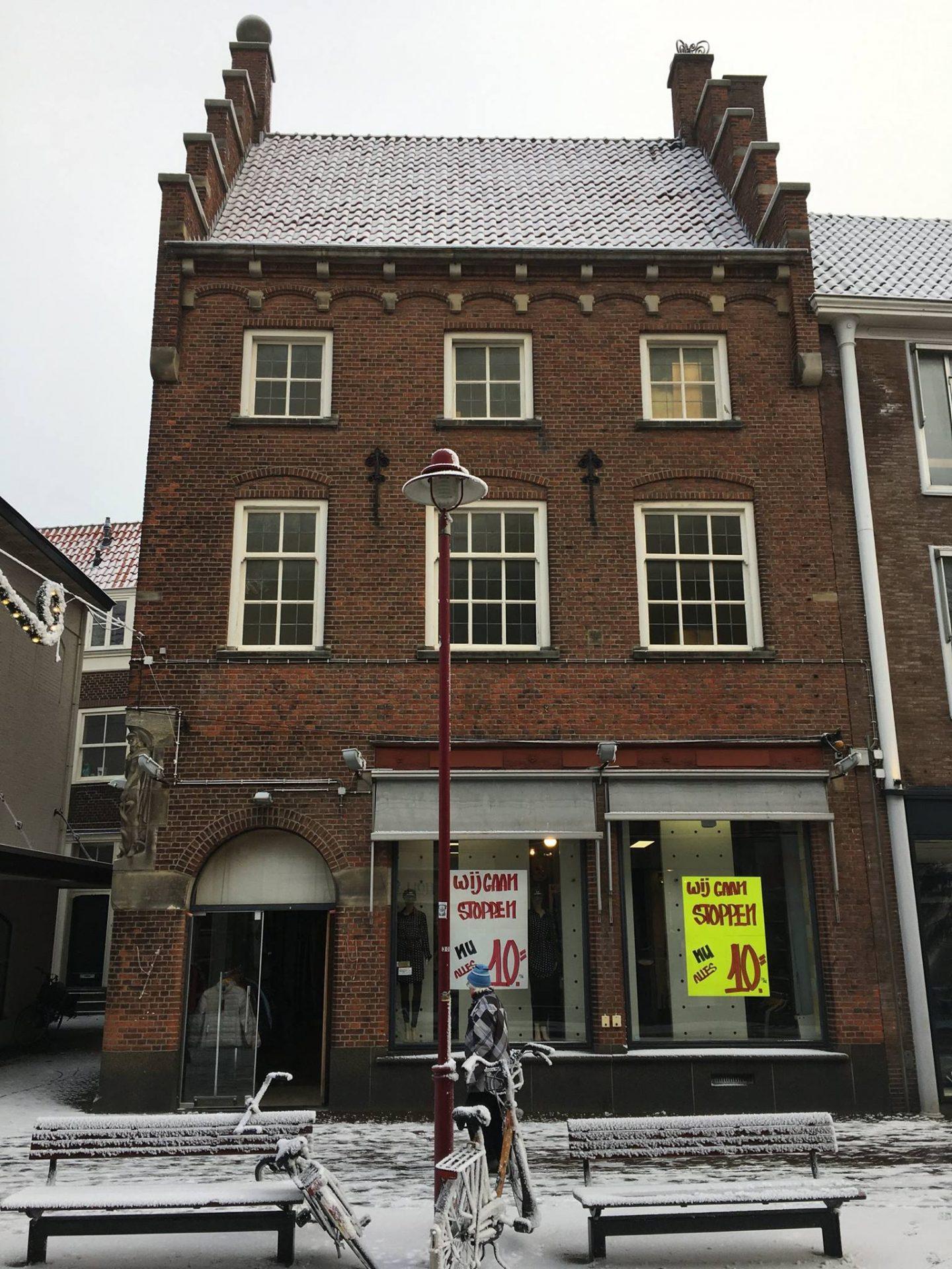 Afbeelding #000 voor het verhaal BB Jeans stopt in de Lange Delft in Middelburg