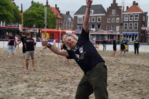 Afbeelding #002 voor het verhaal Beachvolleybal Markt Middelburg 19 juni 2016