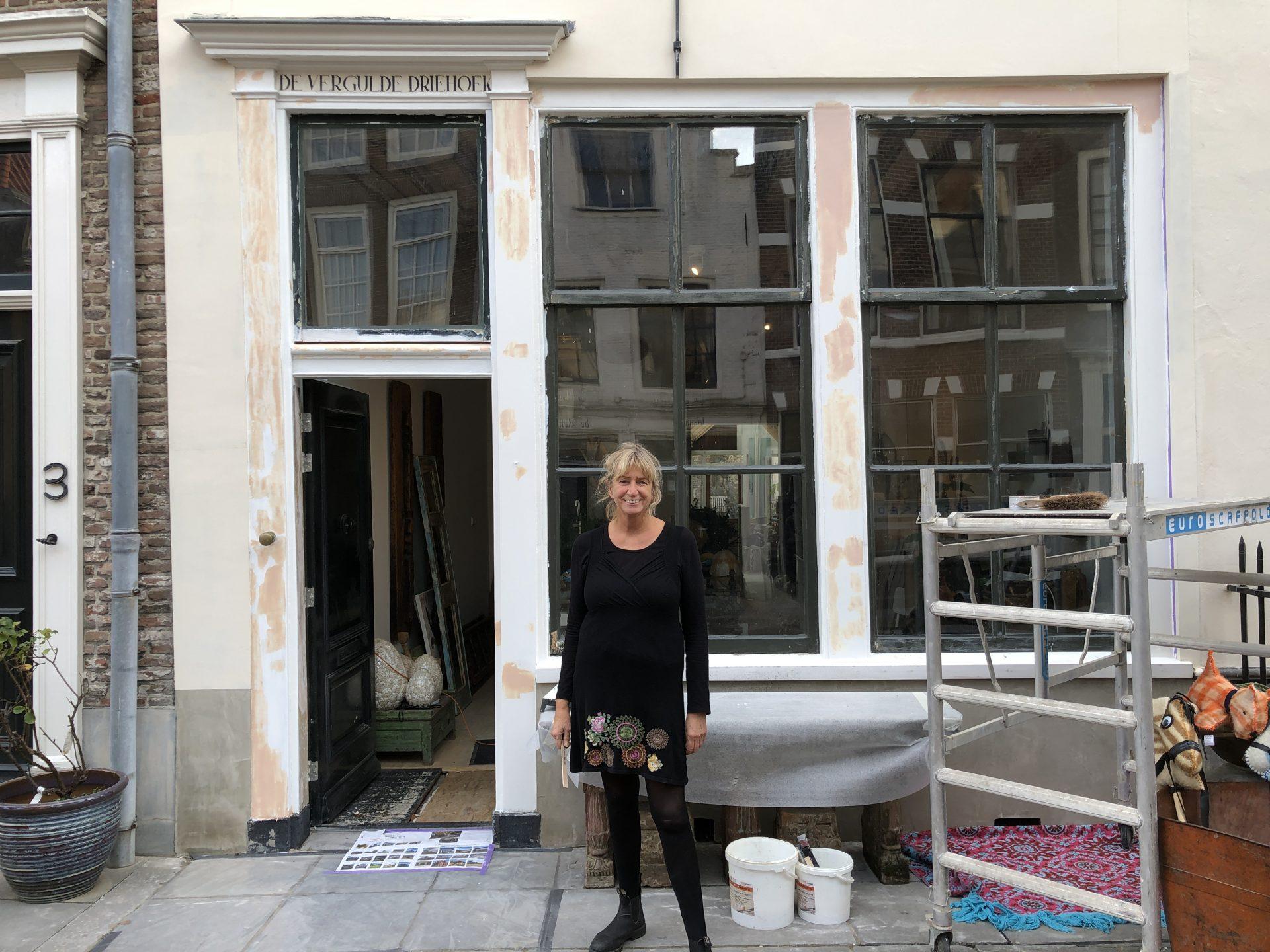 Afbeelding #000 voor het verhaal Binnenkort open in de Vlissingsestraat: B&B en interieurwinkel De Vergulde Driehoek