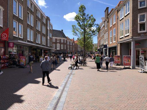 Afbeelding #002 voor het verhaal Binnenstadsteams op pad in Middelburg