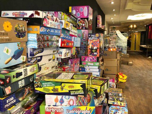 Afbeelding #001 voor het verhaal Boekenfestijn! Een nieuwe, tijdelijke winkel in de Lange Delft