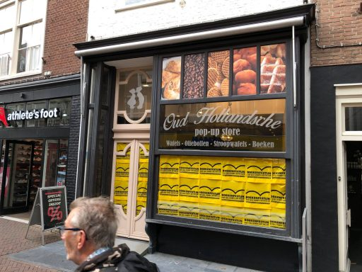 Afbeelding #002 voor het verhaal Boekenfestijn! Een nieuwe, tijdelijke winkel in de Lange Delft