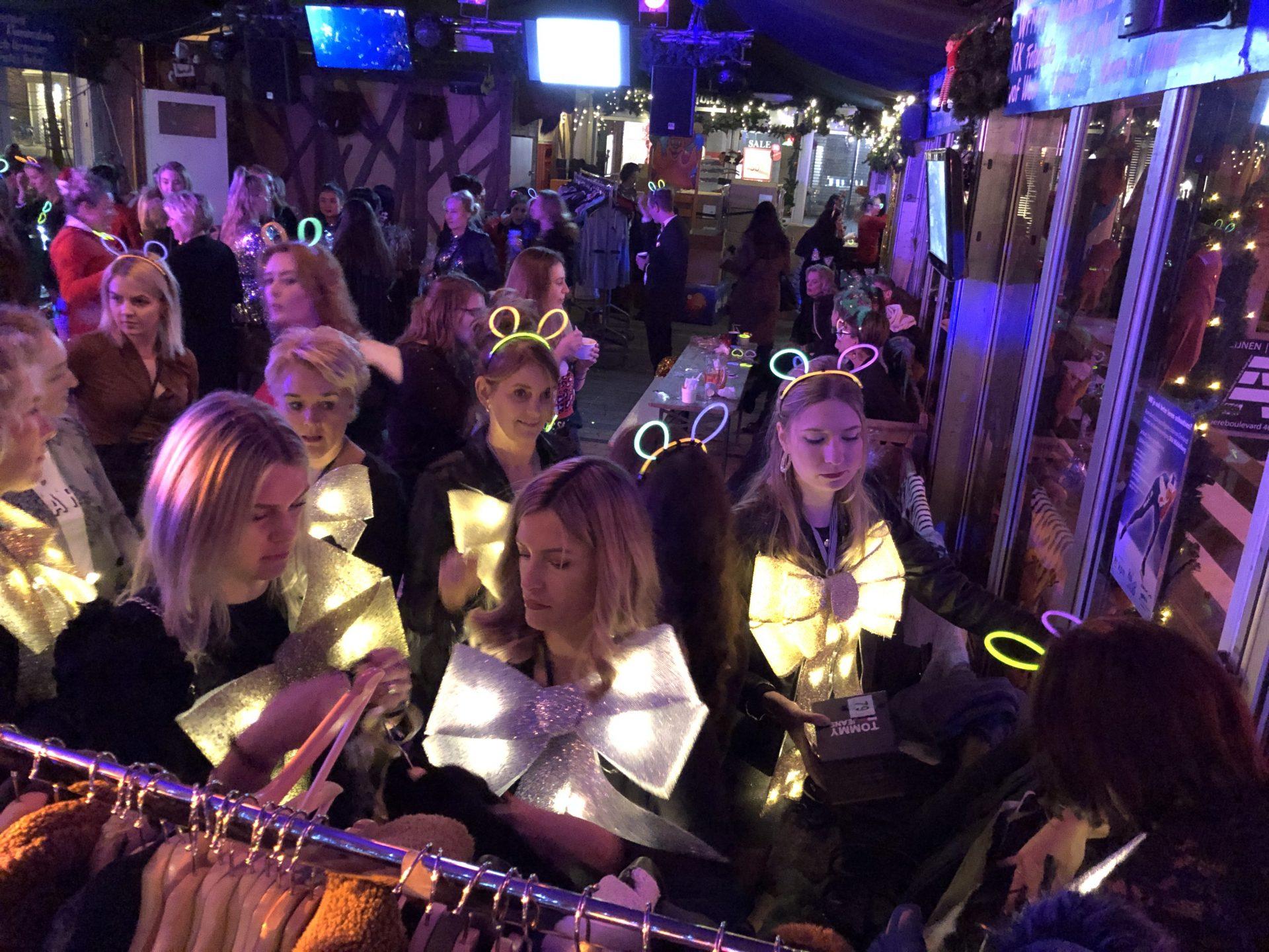 Afbeelding #000 voor het verhaal Bomont viert feest bij IJsbaan Middelburg