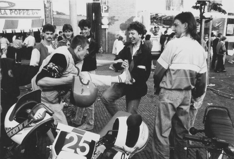 Afbeelding #000 voor het verhaal Braderie Middelburg, juni 1987, deel 2