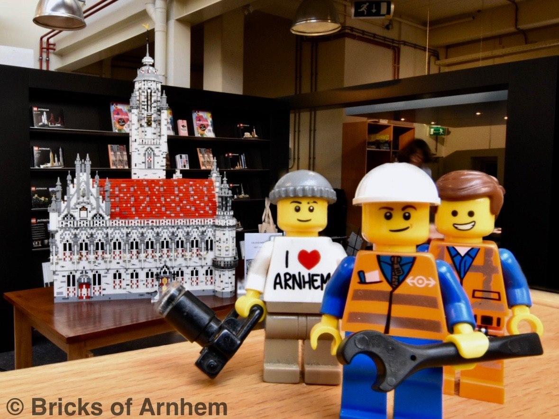 Afbeelding #001 voor het verhaal Bricks of Arnhem te gast in Middelburg