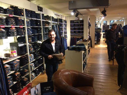 Afbeelding #000 voor het verhaal Buurten bij Jeans Inn Middelburg