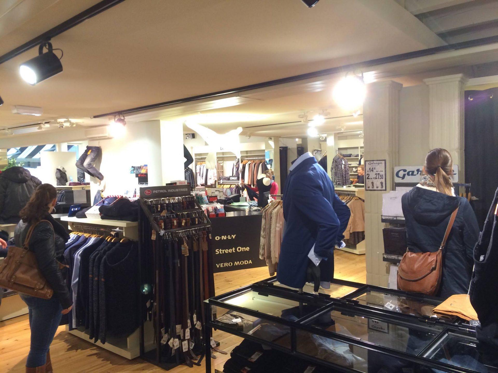 Afbeelding #001 voor het verhaal Buurten bij Jeans Inn Middelburg
