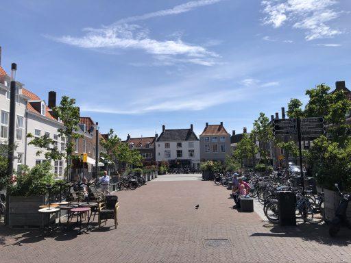 Afbeelding #002 voor het verhaal B&W Middelburg stemt in met leeuwendeel van terrasplannen en -verzoeken Horeca