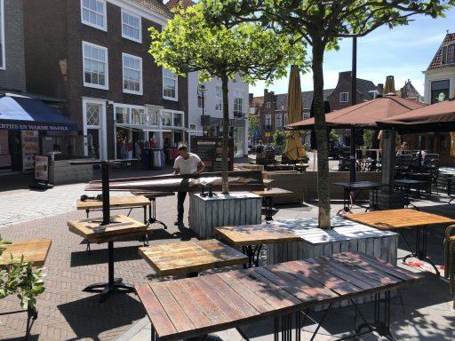 Afbeelding #004 voor het verhaal B&W Middelburg stemt in met leeuwendeel van terrasplannen en -verzoeken Horeca