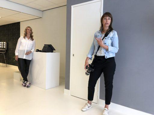 Afbeelding #003 voor het verhaal Chantal & Linda over de heropening van Salon 0118 en mooie ondernemersportretten