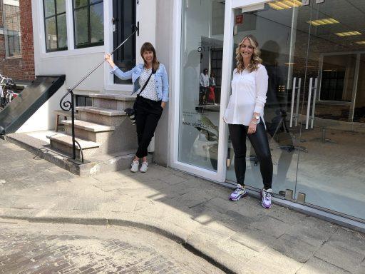 Afbeelding #004 voor het verhaal Chantal & Linda over de heropening van Salon 0118 en mooie ondernemersportretten