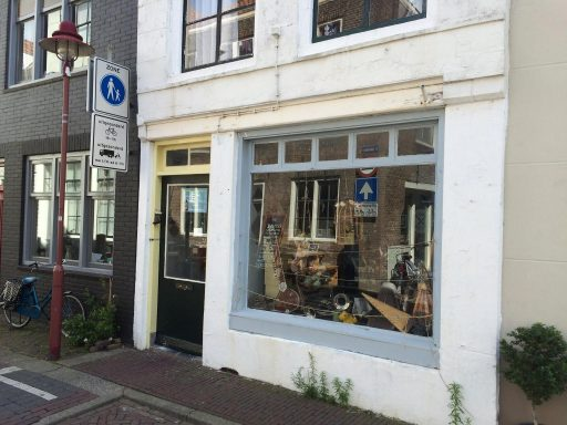 Afbeelding #000 voor het verhaal Christie – N verhuist van de Sint Janstraat naar de Kromme Weele