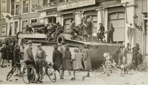 Afbeelding #000 voor het verhaal De bevrijding van Middelburg: op zoek naar namen bij de gezichten