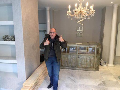 Afbeelding #000 voor het verhaal De Bloemenman van de Stad: André Vandepitte opent een nieuwe winkel in Middelburg