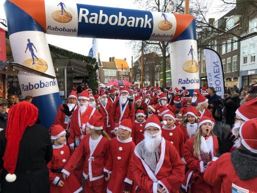 Afbeelding #000 voor het verhaal De eerste Rotary Santa Run Middelburg