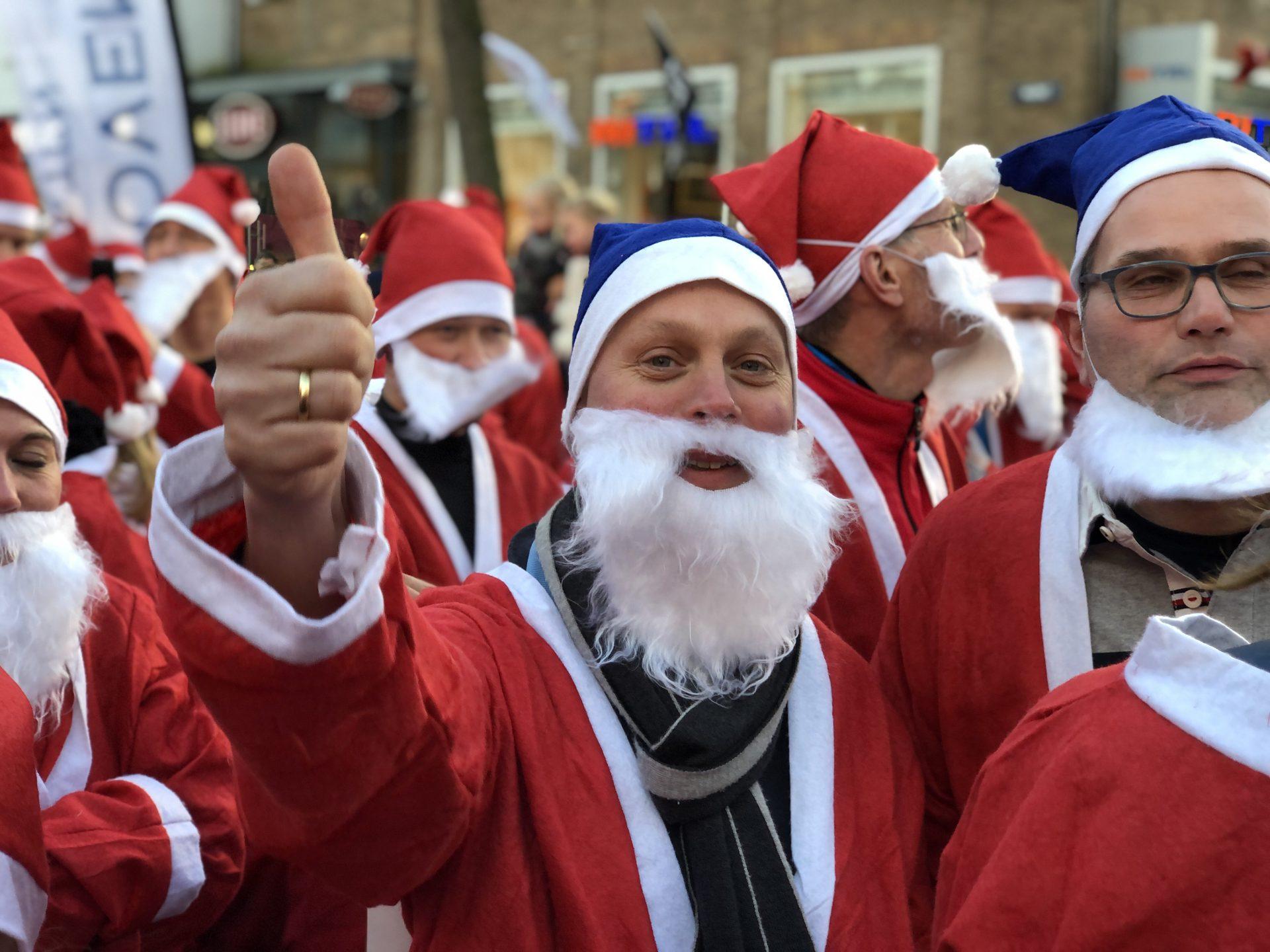 Afbeelding #005 voor het verhaal De eerste Rotary Santa Run Middelburg