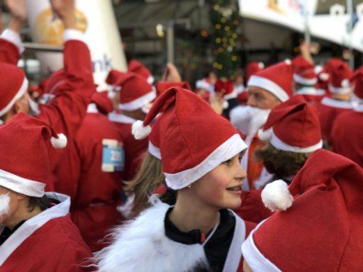 Afbeelding #010 voor het verhaal De eerste Rotary Santa Run Middelburg