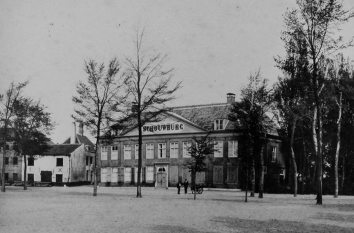 Afbeelding #001 voor het verhaal De geschiedenis van de Middelburgse Schouwburg in 24 foto's