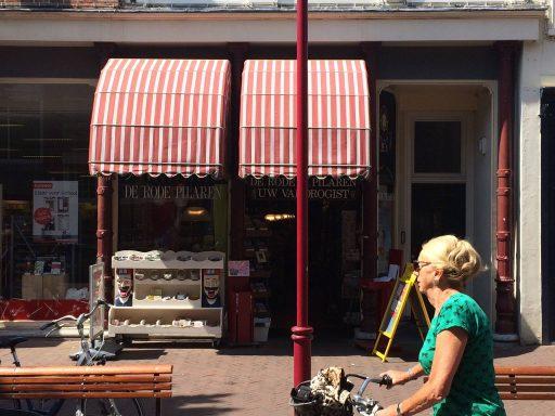 Afbeelding #000 voor het verhaal De geschiedenis van het Huis met de Roode Pilaren in Middelburg