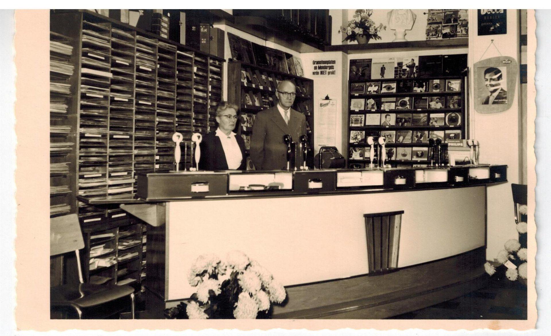 Afbeelding #000 voor het verhaal De geschiedenis van muziekwinkel Wagenvoort in Middelburg