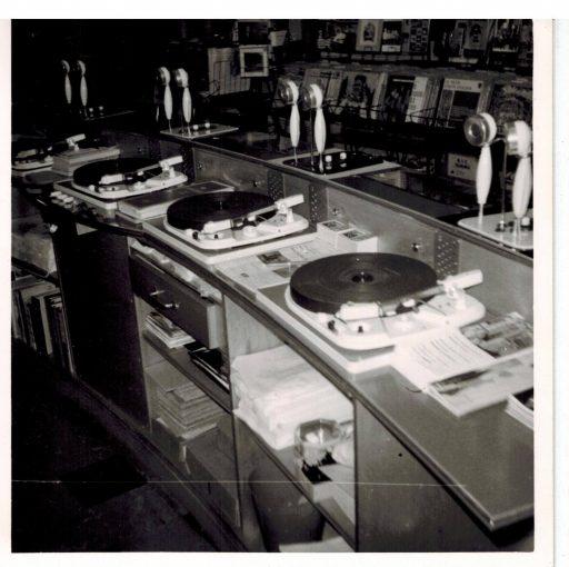 Afbeelding #002 voor het verhaal De geschiedenis van muziekwinkel Wagenvoort in Middelburg
