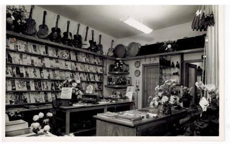 Afbeelding #004 voor het verhaal De geschiedenis van muziekwinkel Wagenvoort in Middelburg