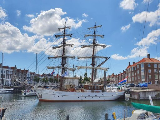 Afbeelding #000 voor het verhaal De godin van de liefde in de haven van Middelburg
