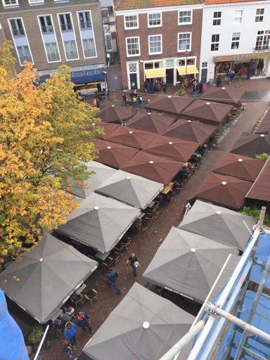 Afbeelding #000 voor het verhaal De Middelburgse Markt vanaf een steiger