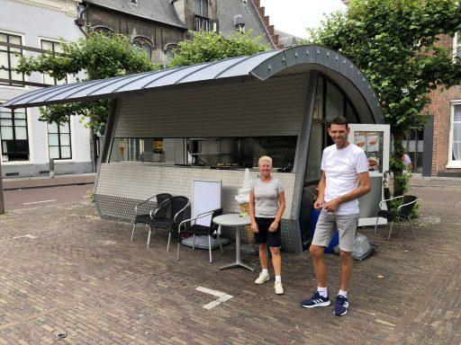 Afbeelding #000 voor het verhaal De nieuwe eigenaars van Frituur Damplein