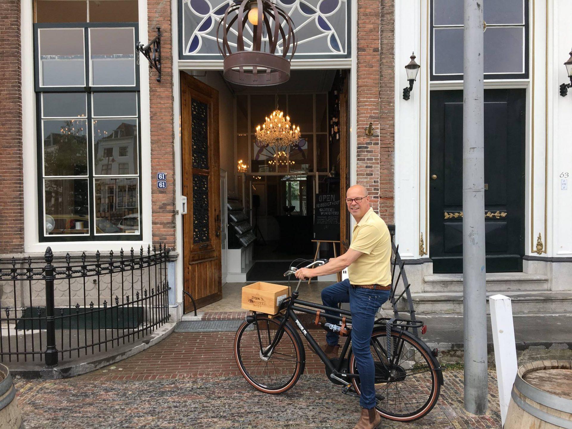 Afbeelding #000 voor het verhaal De opening van Restaurant het Vliegendt Hert