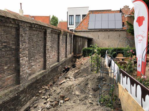 Afbeelding #004 voor het verhaal De restauratie van de tuinmuur van Pand 's-Hertogenbosch in Middelburg