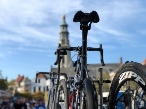 Afbeelding #000 voor het verhaal De start van de Tacx Pro Classic in Middelburg