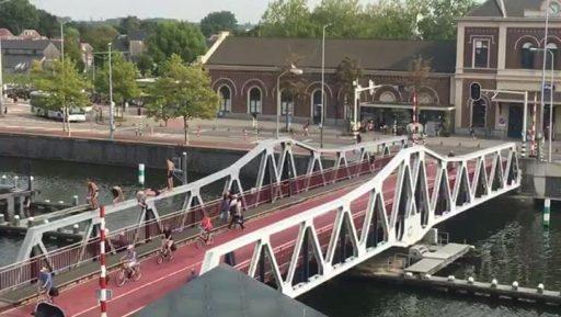 Afbeelding #000 voor het verhaal De Stationsbrug van Middelburg als duikplank