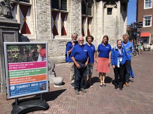 Afbeelding #000 voor het verhaal De vernieuwing bij Tourist Info en de stadsgidsen van Middelburg
