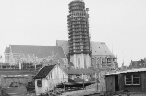 Afbeelding #004 voor het verhaal De wederopbouw van de Lange Jan in Middelburg, 1940-1955