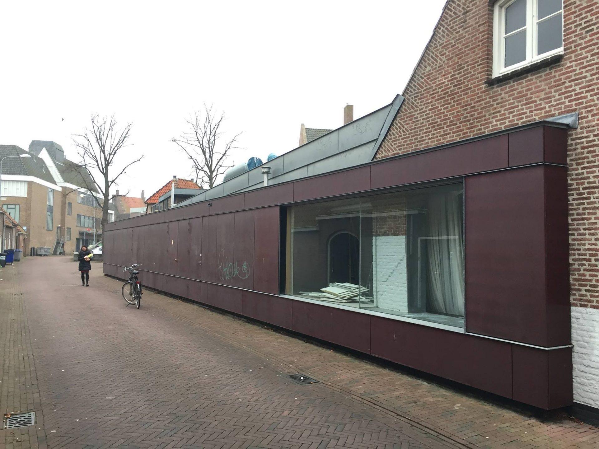Afbeelding #001 voor het verhaal Deel Hofje onder den Toren verhuurd aan Protestantse Gemeente Middelburg