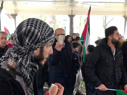 Afbeelding #002 voor het verhaal Demonstreren op het Damplein in Middelburg, 23 december 2017