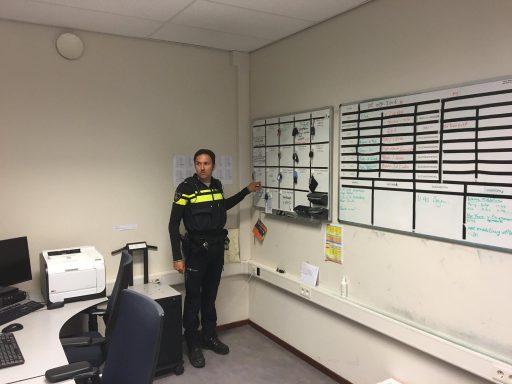 Afbeelding #001 voor het verhaal Dennis is De Stad: een nachtje mee met de politie in Middelburg