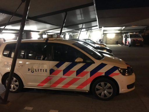 Afbeelding #003 voor het verhaal Dennis is De Stad: een nachtje mee met de politie in Middelburg
