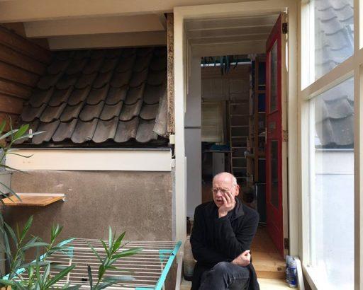 Afbeelding #000 voor het verhaal Distant Suffering van Hans Overvliet valt in de prijzen